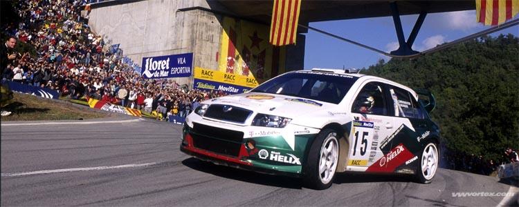 New SEAT Leon Cupra 300 007H O HD 600x300 photo
