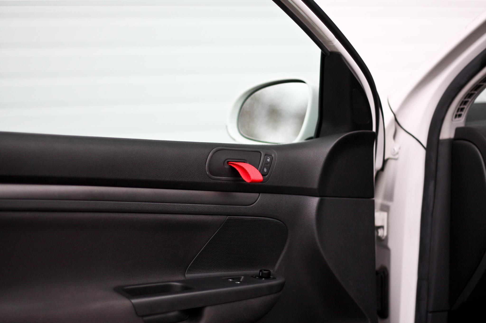 You Need This- Rennline GT3 RS-Style Door Pulls for MK5 Golf and ...