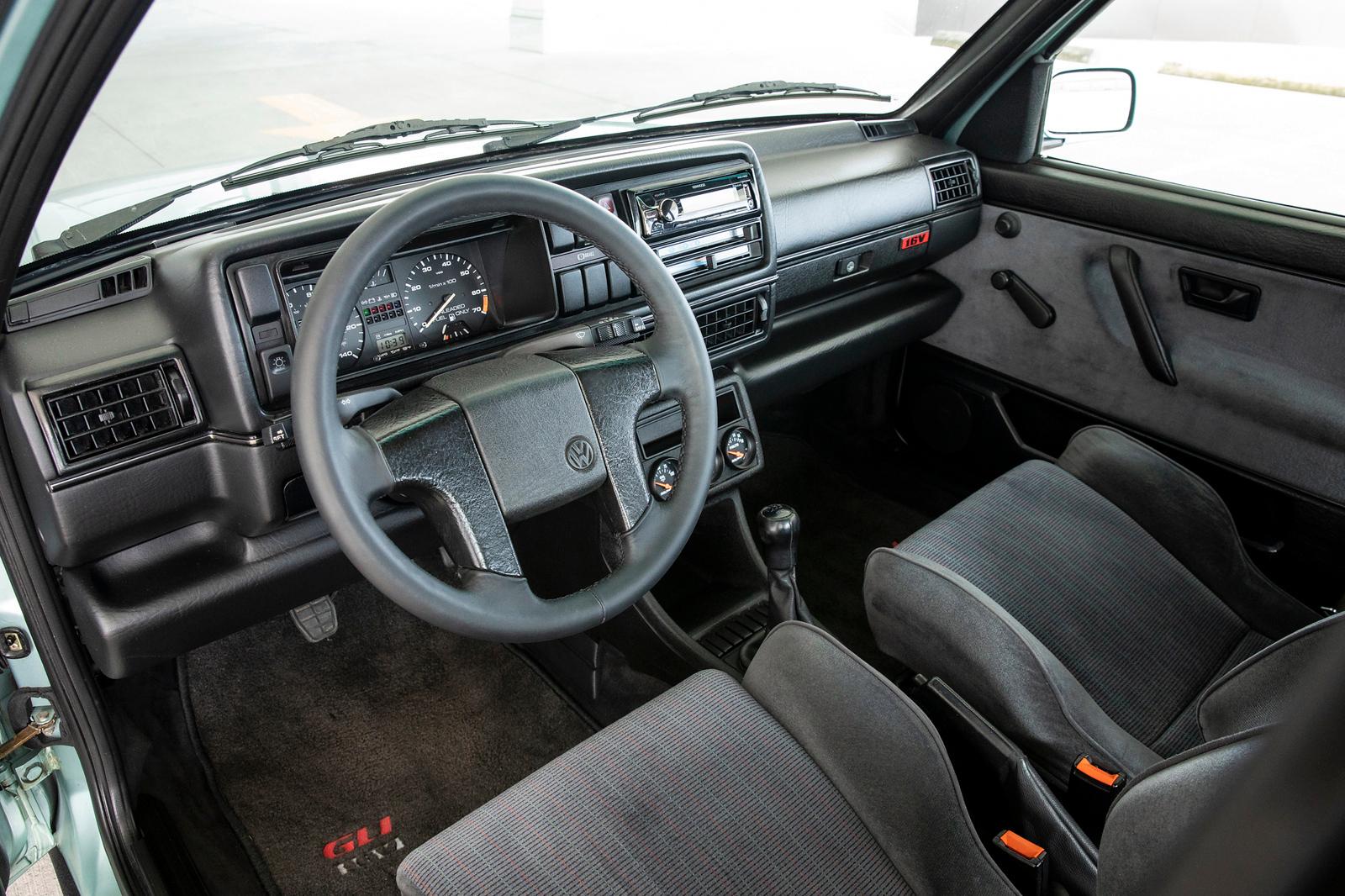 Audi-R8-V10-plus-MSS-2015-440