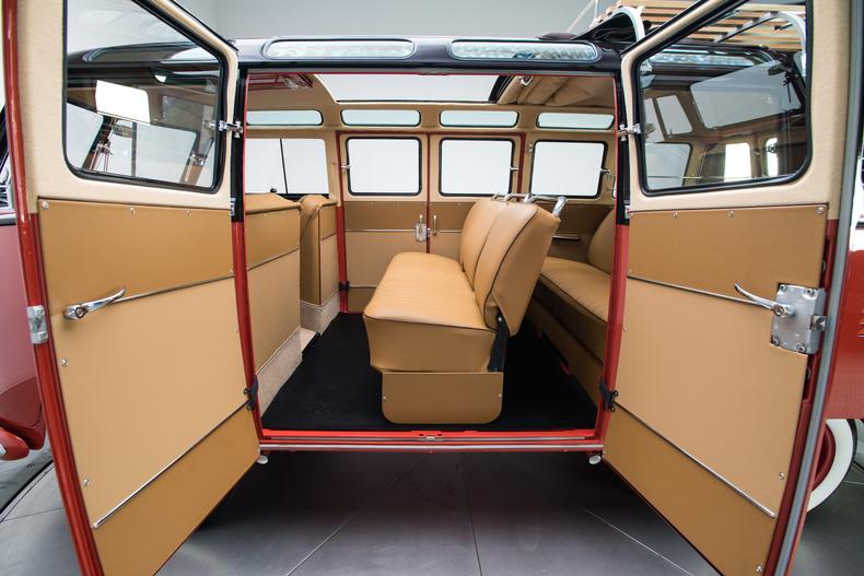 1958-Volkswagen-Deluxe-Microbus_269905_low_res