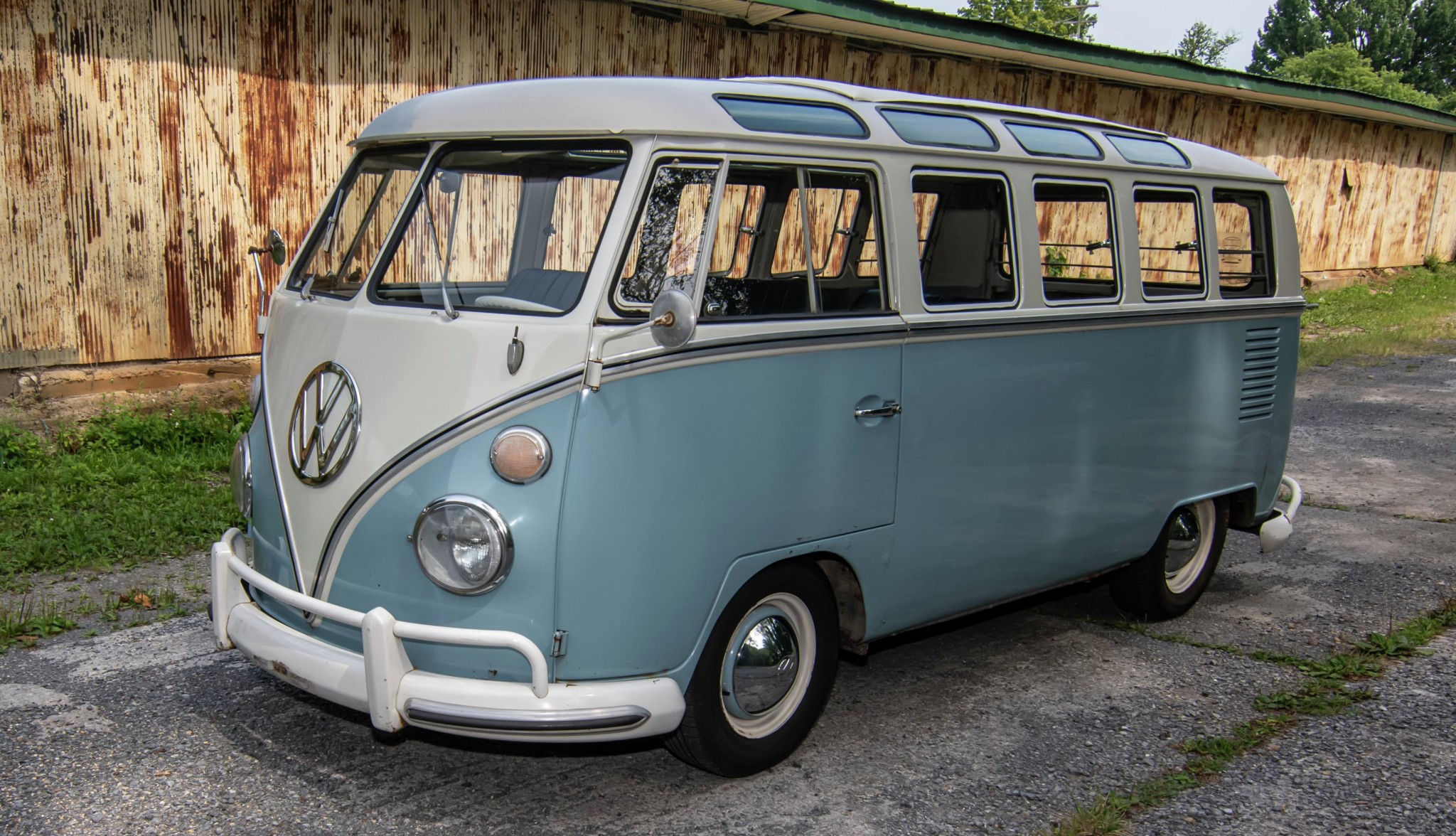 1967_volkswagen_bus_1565561281ceffc6298c0e26Bus-Full-View-4