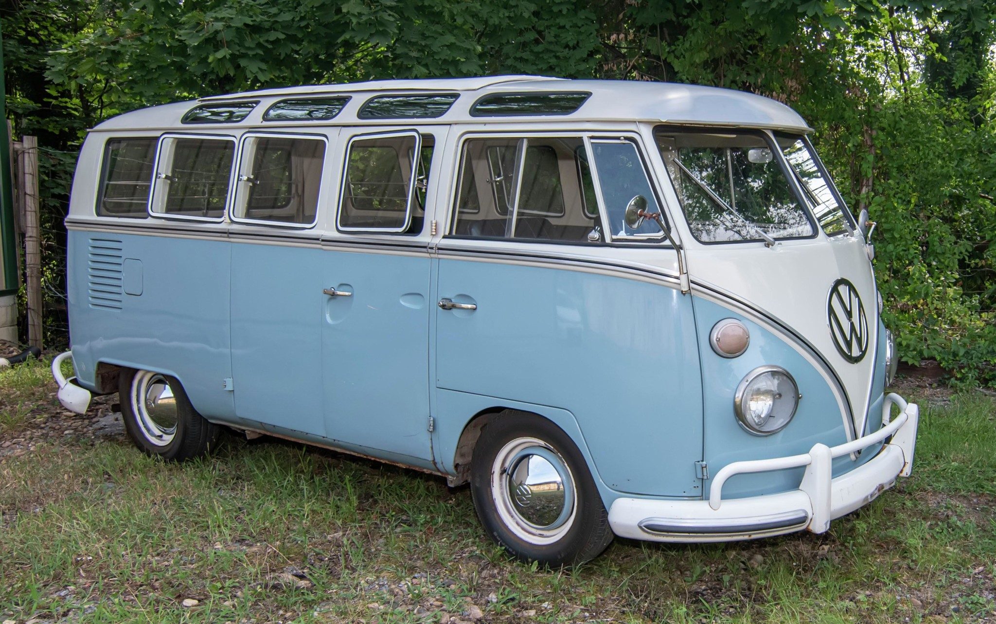 1967_volkswagen_bus_1565561325ceffc6298c0e26Bus-Full-View-9