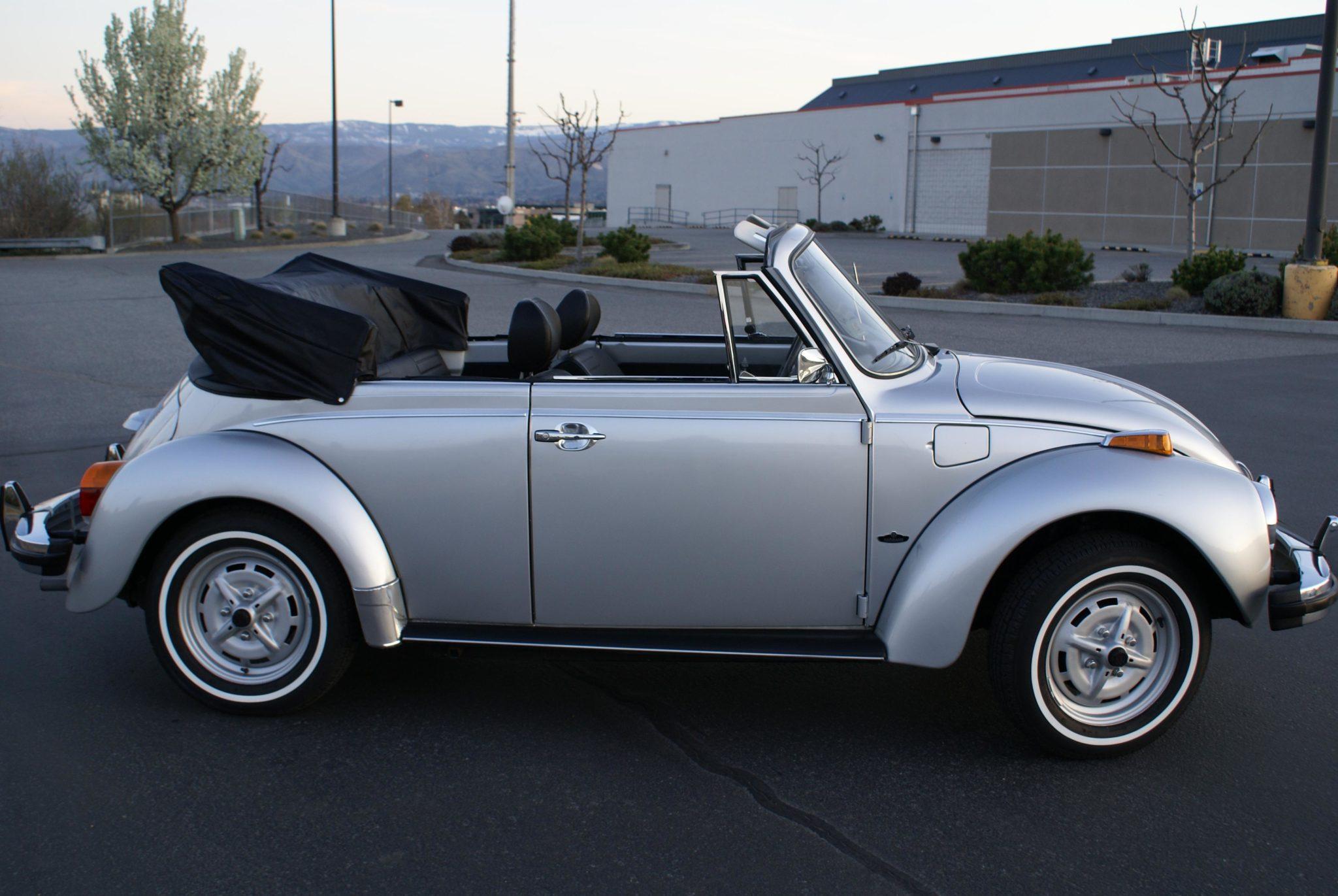1979_volkswagen_super_beetle_cabriolet_1587072355f5ff3ef5edb259772020-04-08-19.32.16-scaled