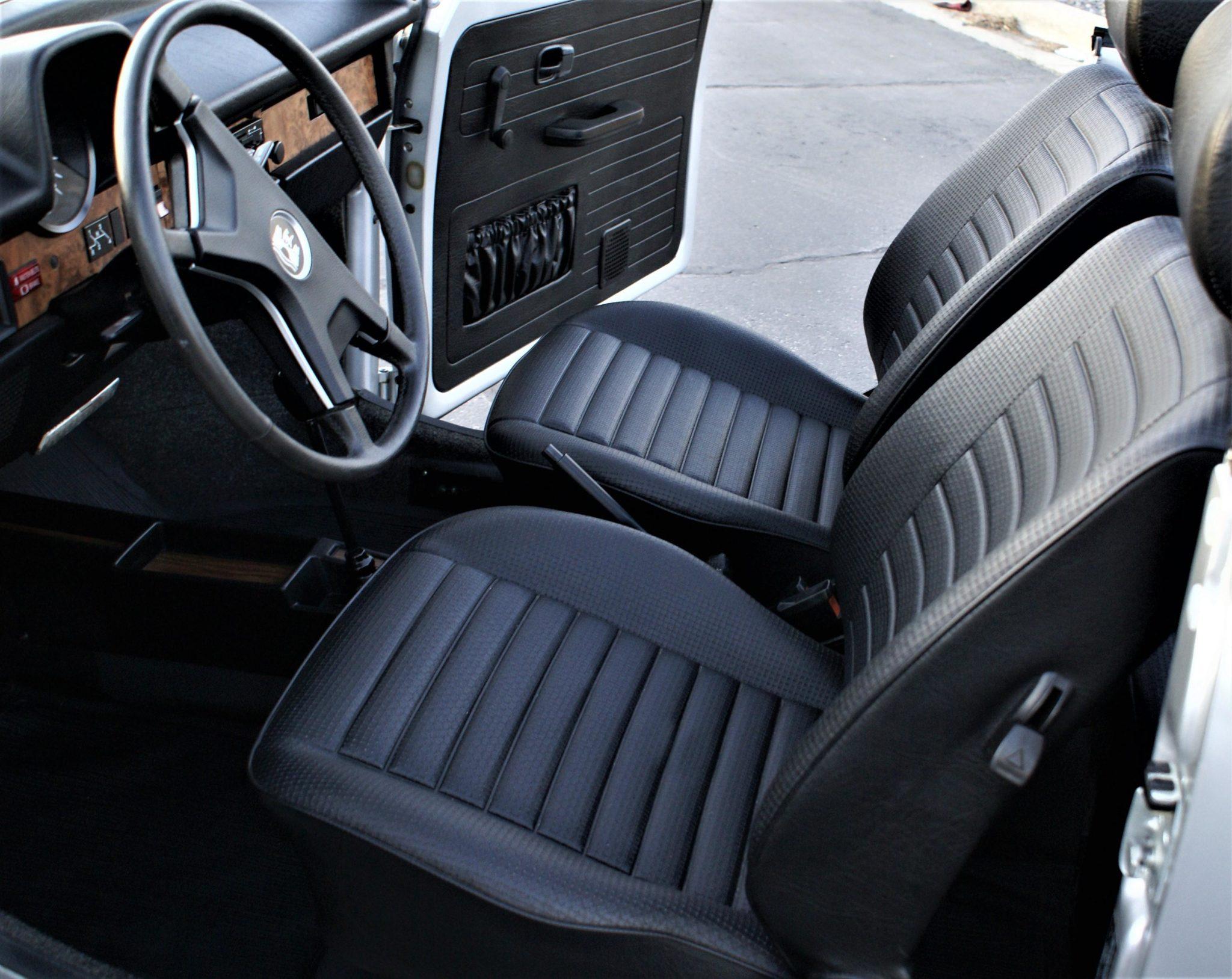 1979_volkswagen_super_beetle_cabriolet_1587073396dff366f5ff3ef5eDSC07350-scaled