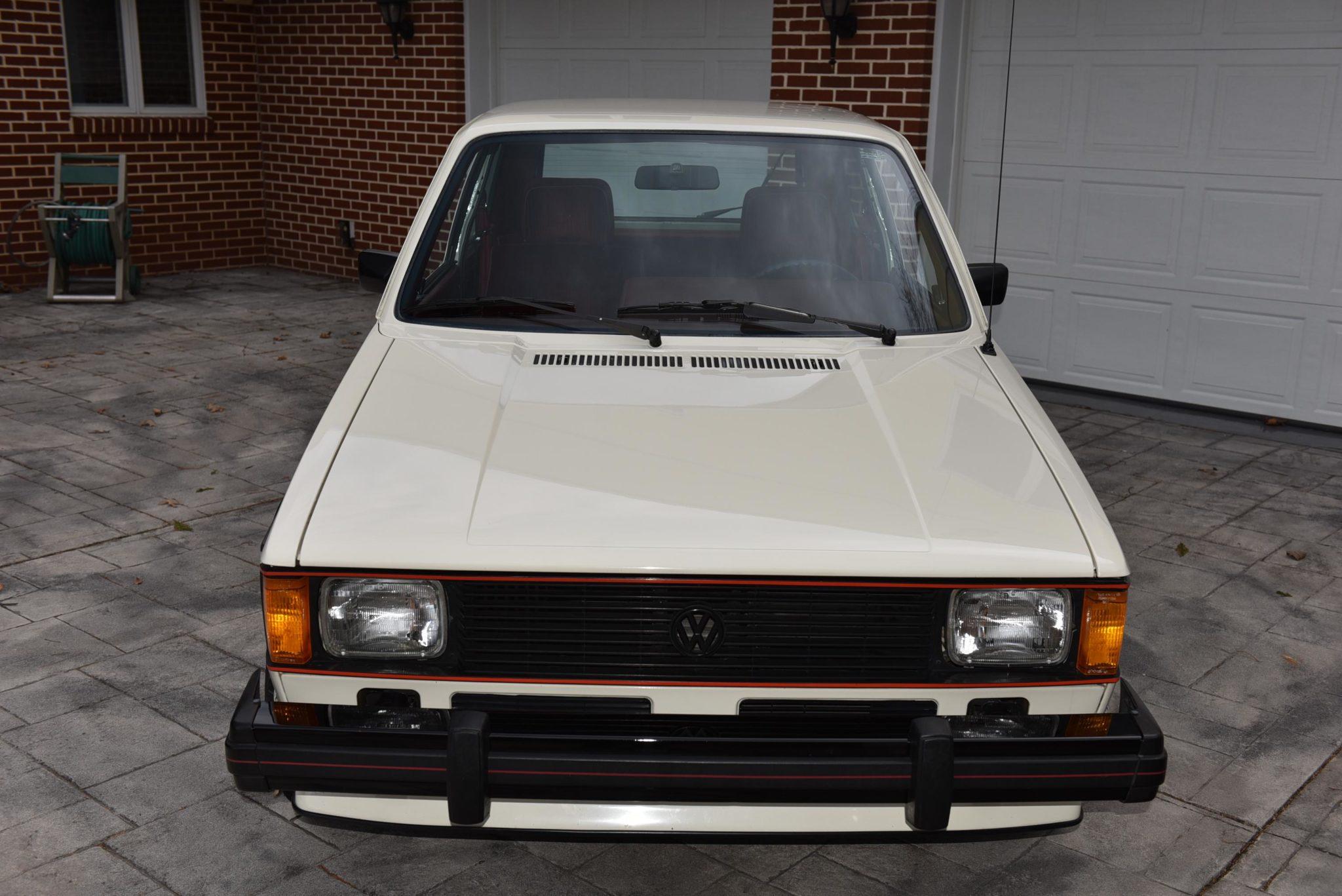 1983_volkswagen_rabbit_gti_15870390879c27f8dLEM_9905-scaled