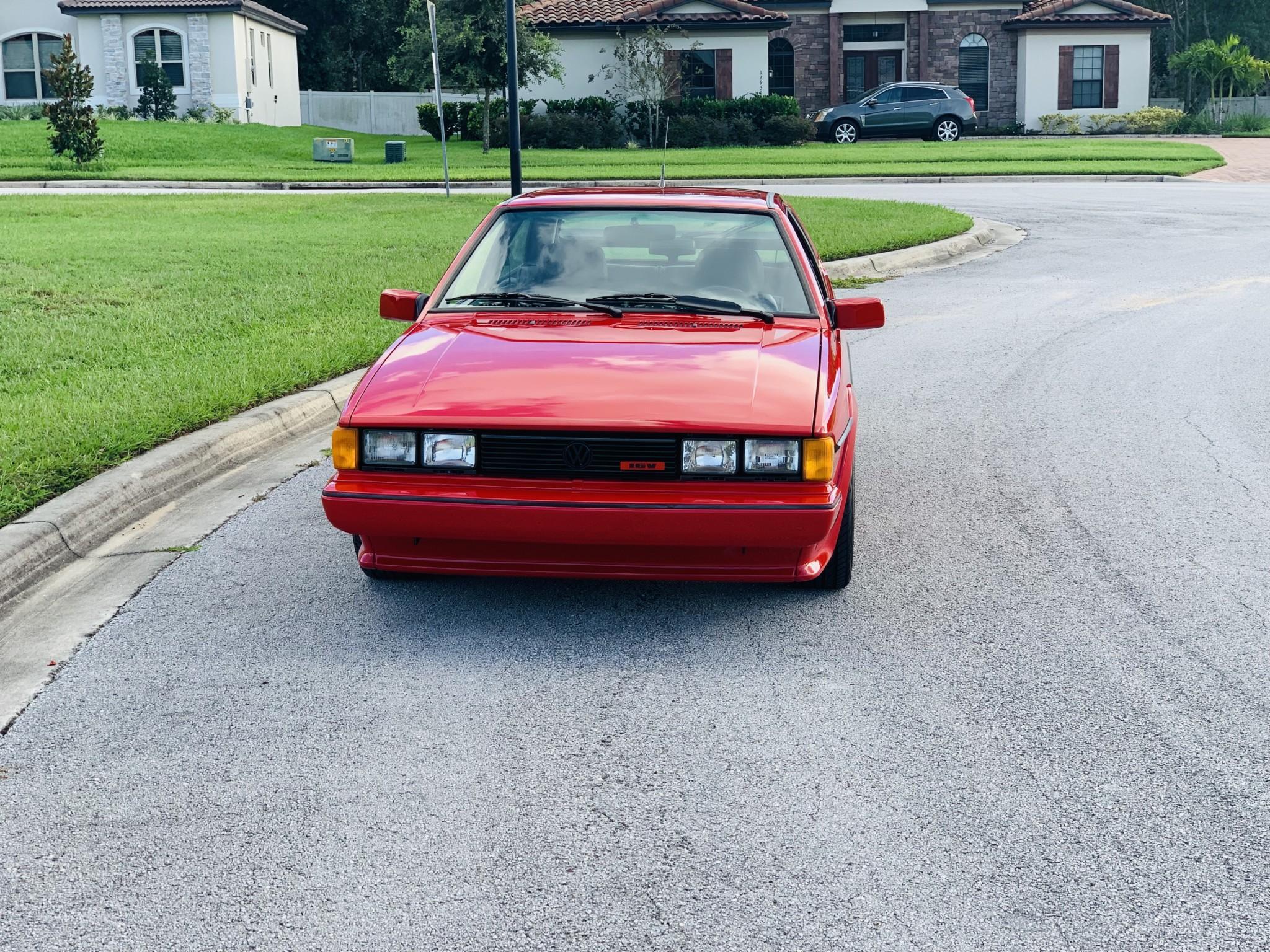 1986_volkswagen_scirocco_16v_1571783822671465ce65cbf76b7C79E901D-6DED-488A-9777-178BB53DA326