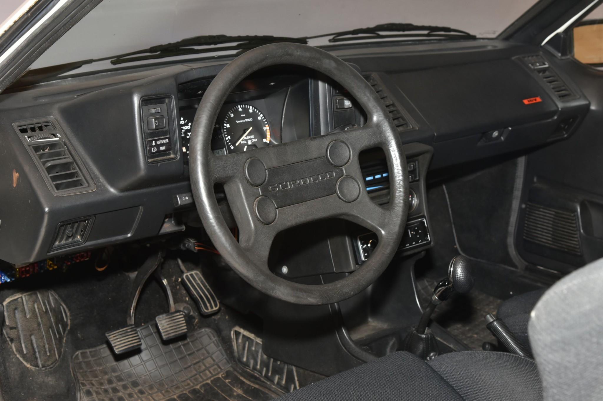 1988_volkswagen_scirocco_16v_1579623109565ef66e7dff9f98DSC_6231