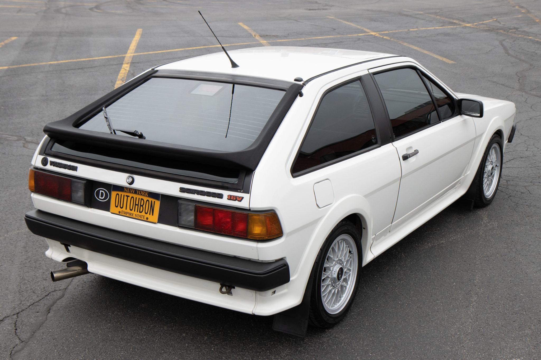 1988_volkswagen_scirocco_16v_158948630484df743803205aeCopy-of-VW-Scirocco-BaT-0004-scaled