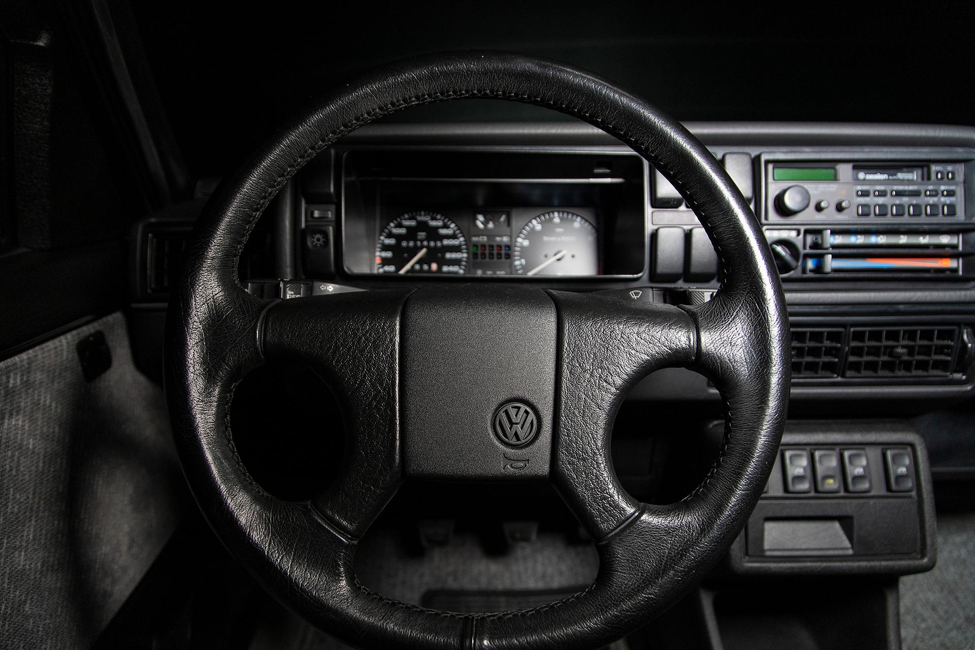 1989_volkswagen_jetta_gli_16v_1582649952cfcd216