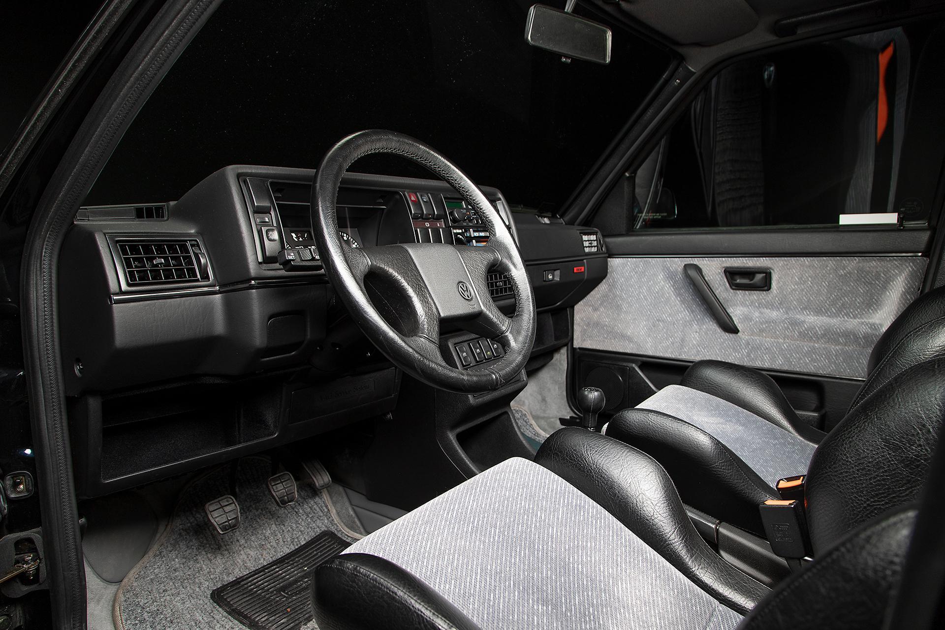 1989_volkswagen_jetta_gli_16v_1584556707734c2f711