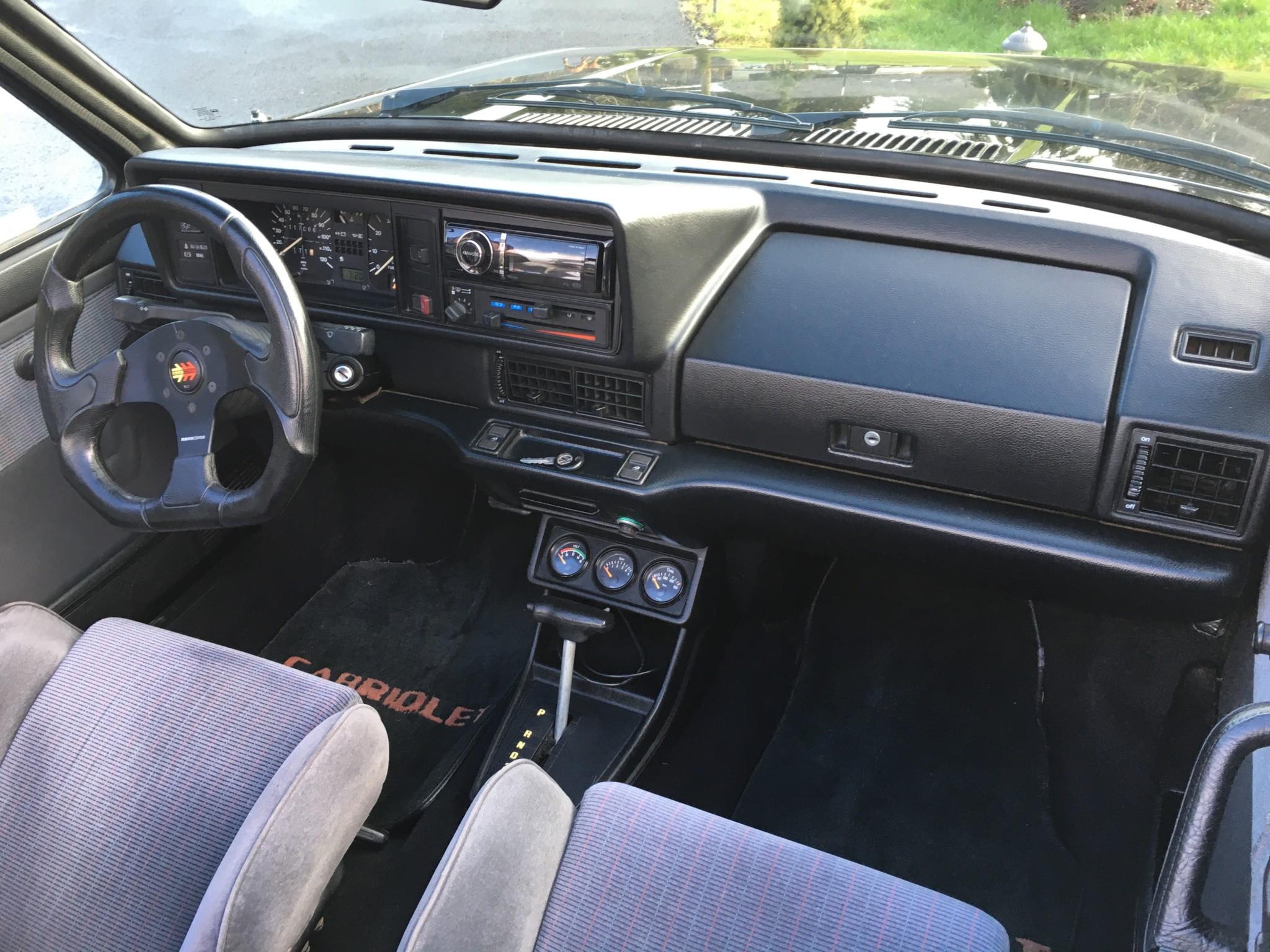 1990_volkswagen_cabriolet_158120634766e7dff9f98764da243E5A01-3C1B-4D68-AE38-3CC888B46C3F
