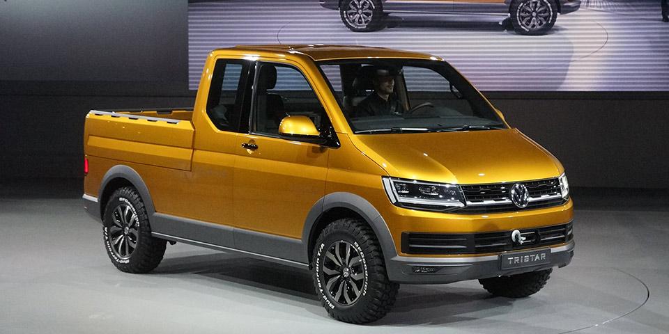 2014 Paris Auto Show Volkswagen Group Night 390 600x300