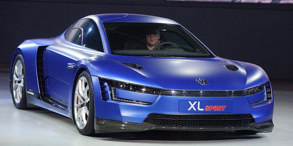 2014-Paris-Auto-Show-Volkswagen-Group-Night_960