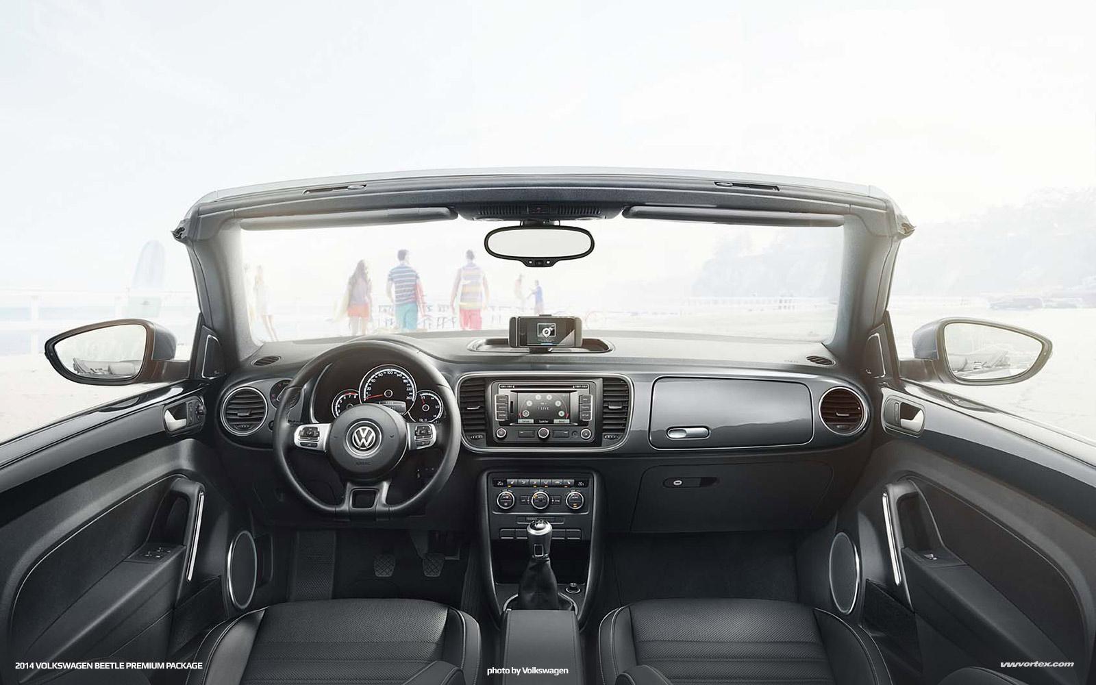 2014-volkswagen-beetle-convertible-premium-package-5