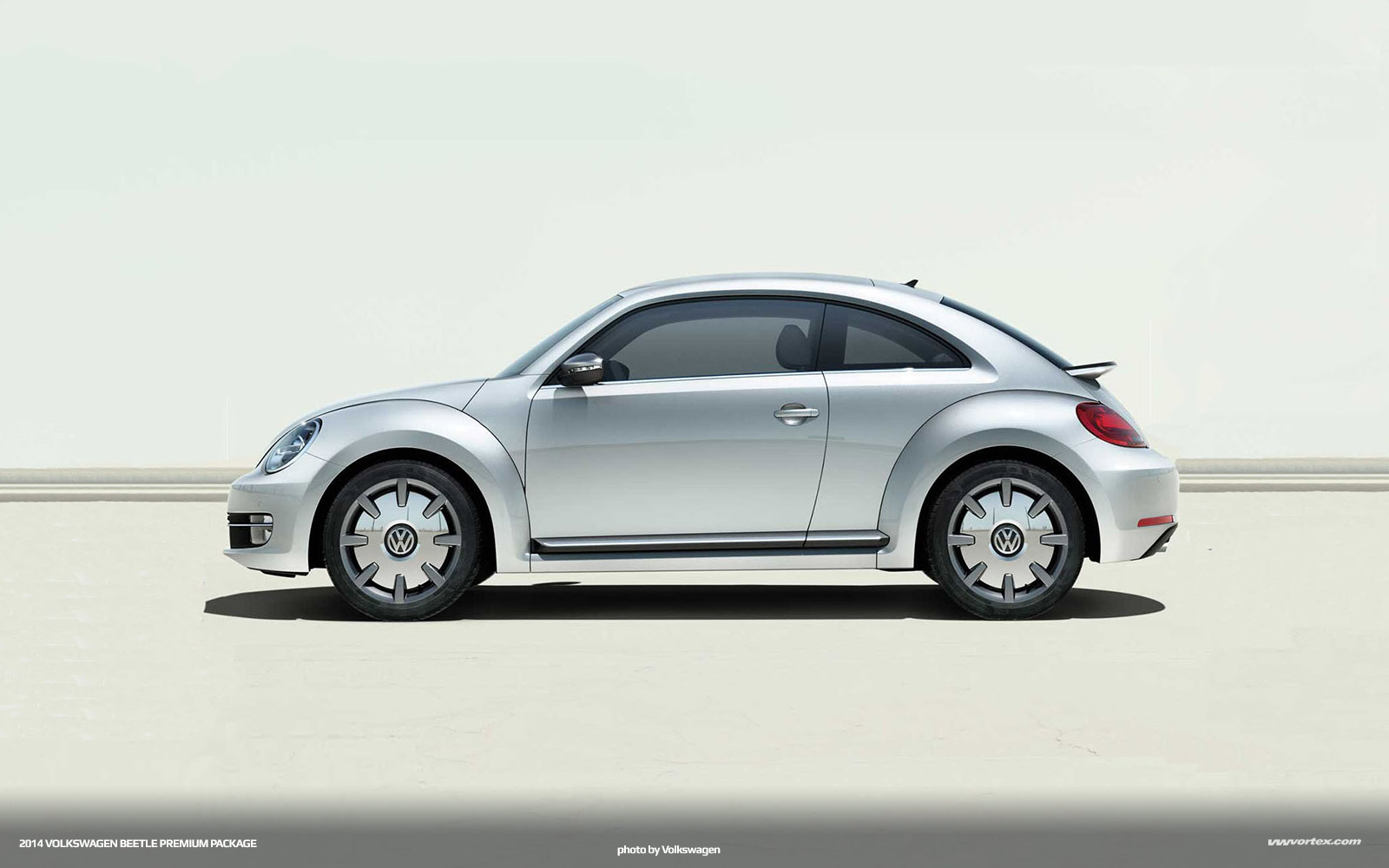 2014 volkswagen beetle coupe premium package 4 150x150
