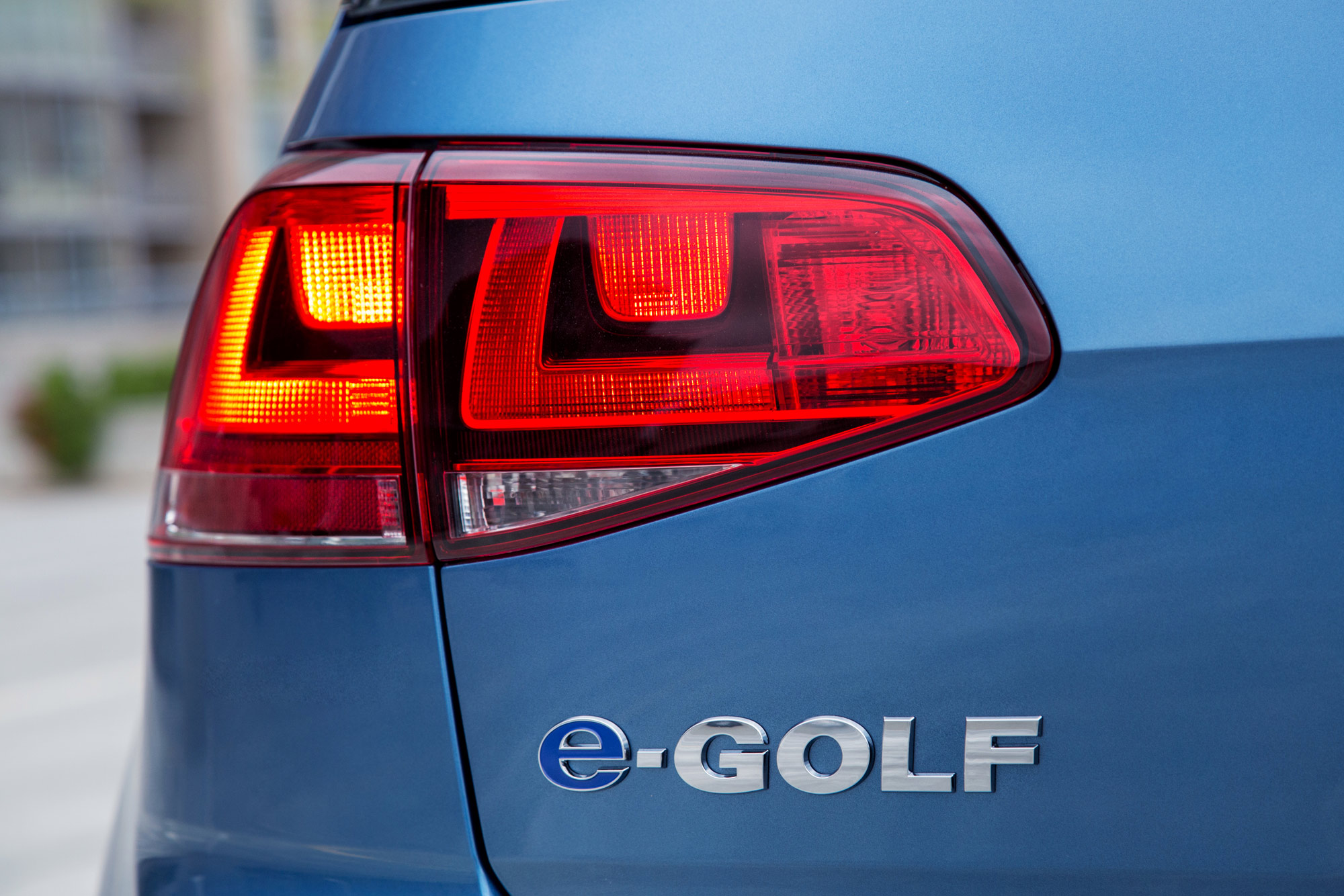 2015-e-Golf-Detail-2