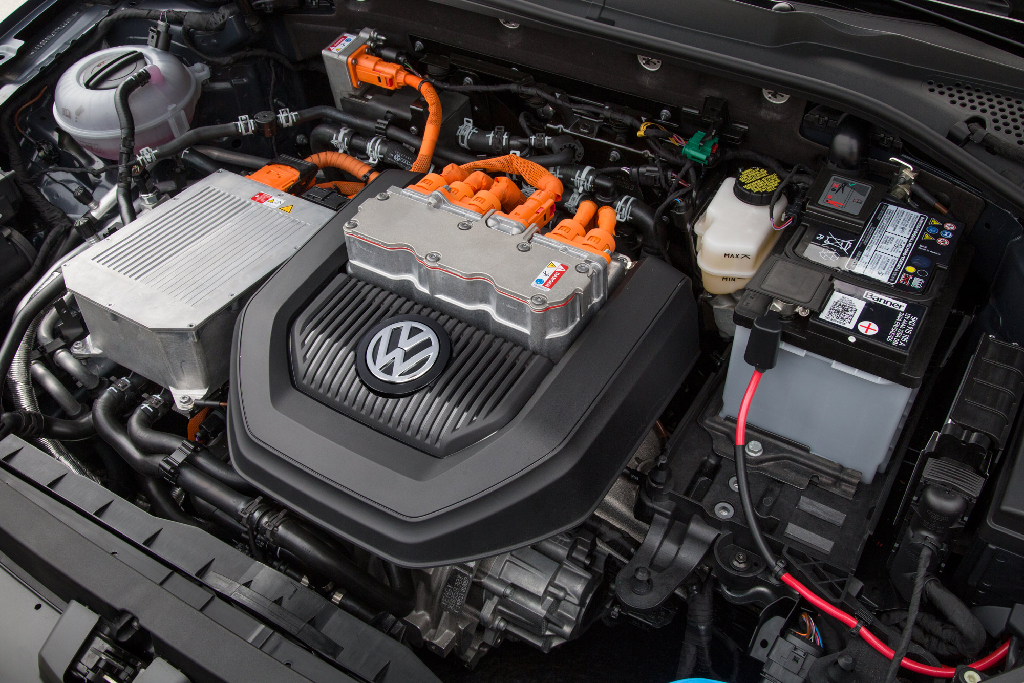 2015-e-Golf-Engine