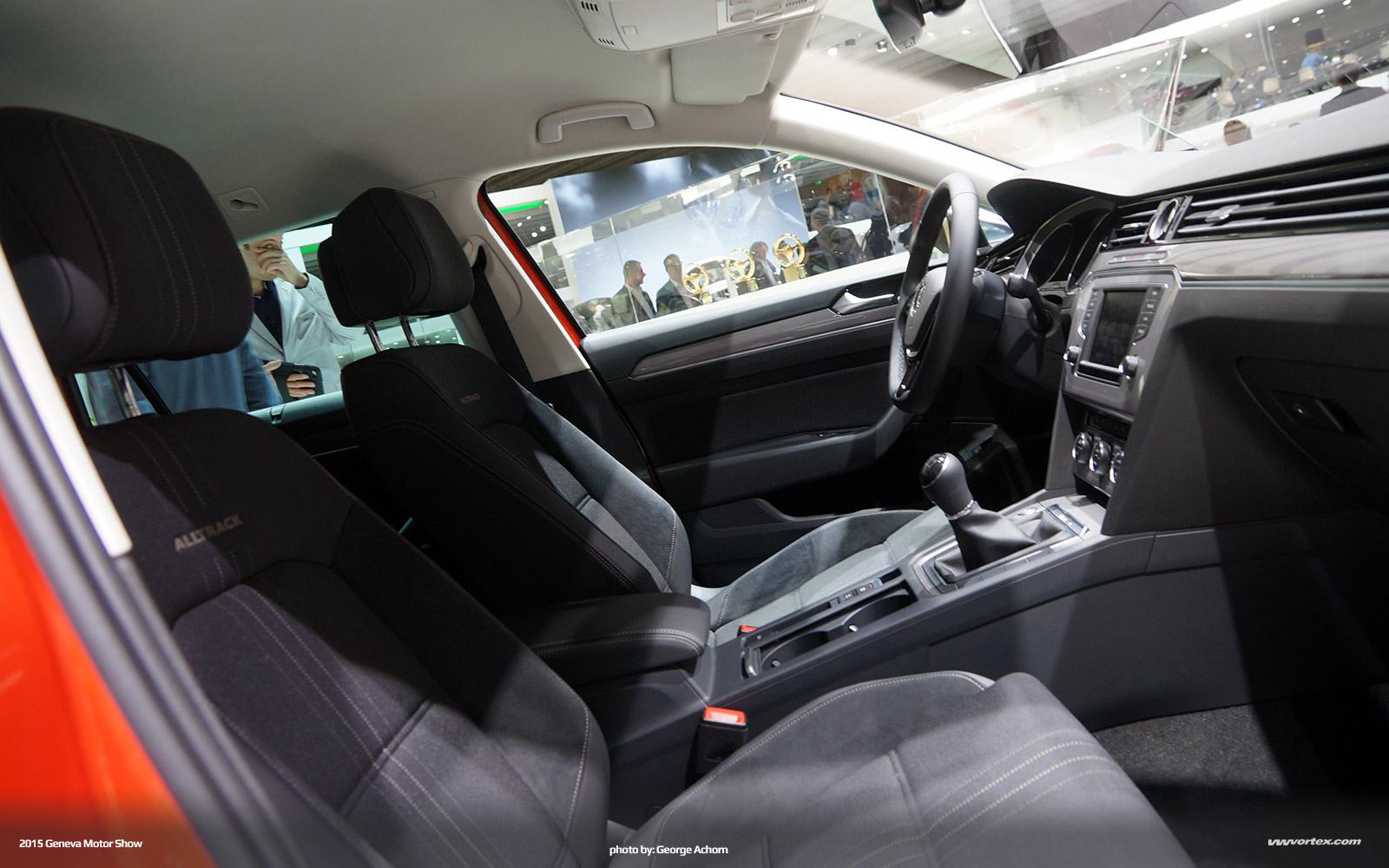 2015-Geneva-Motor-Show-4936