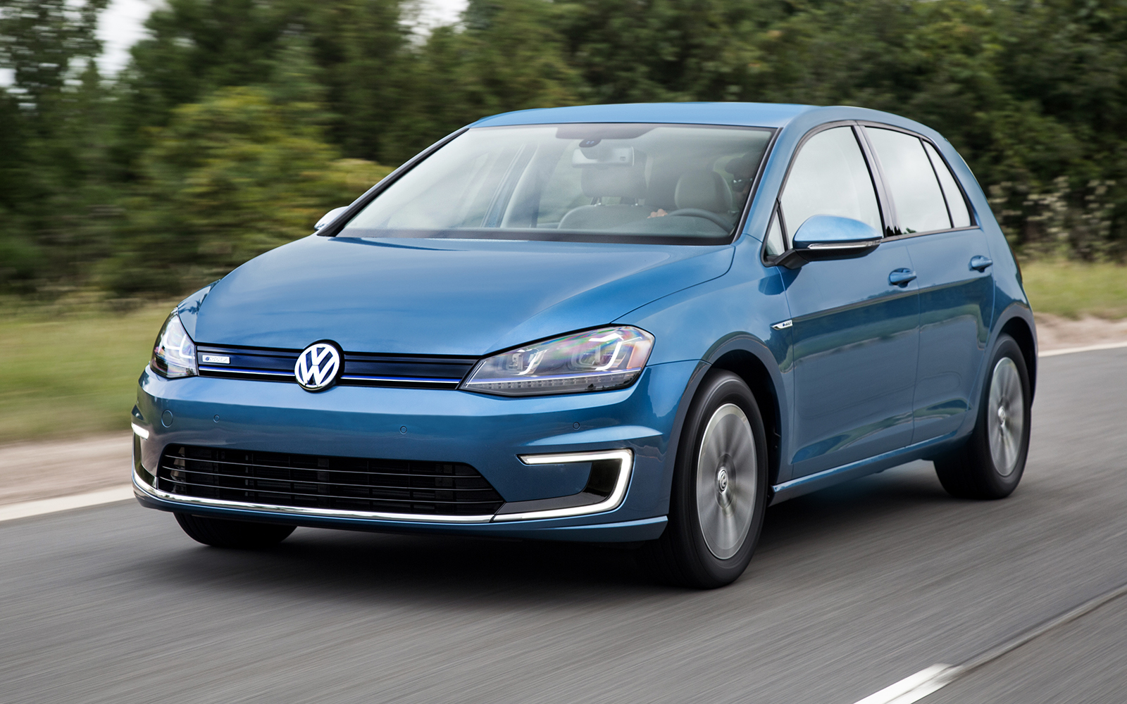 Volkswagen of America Announces Pricing for 2015 e-Golf ...