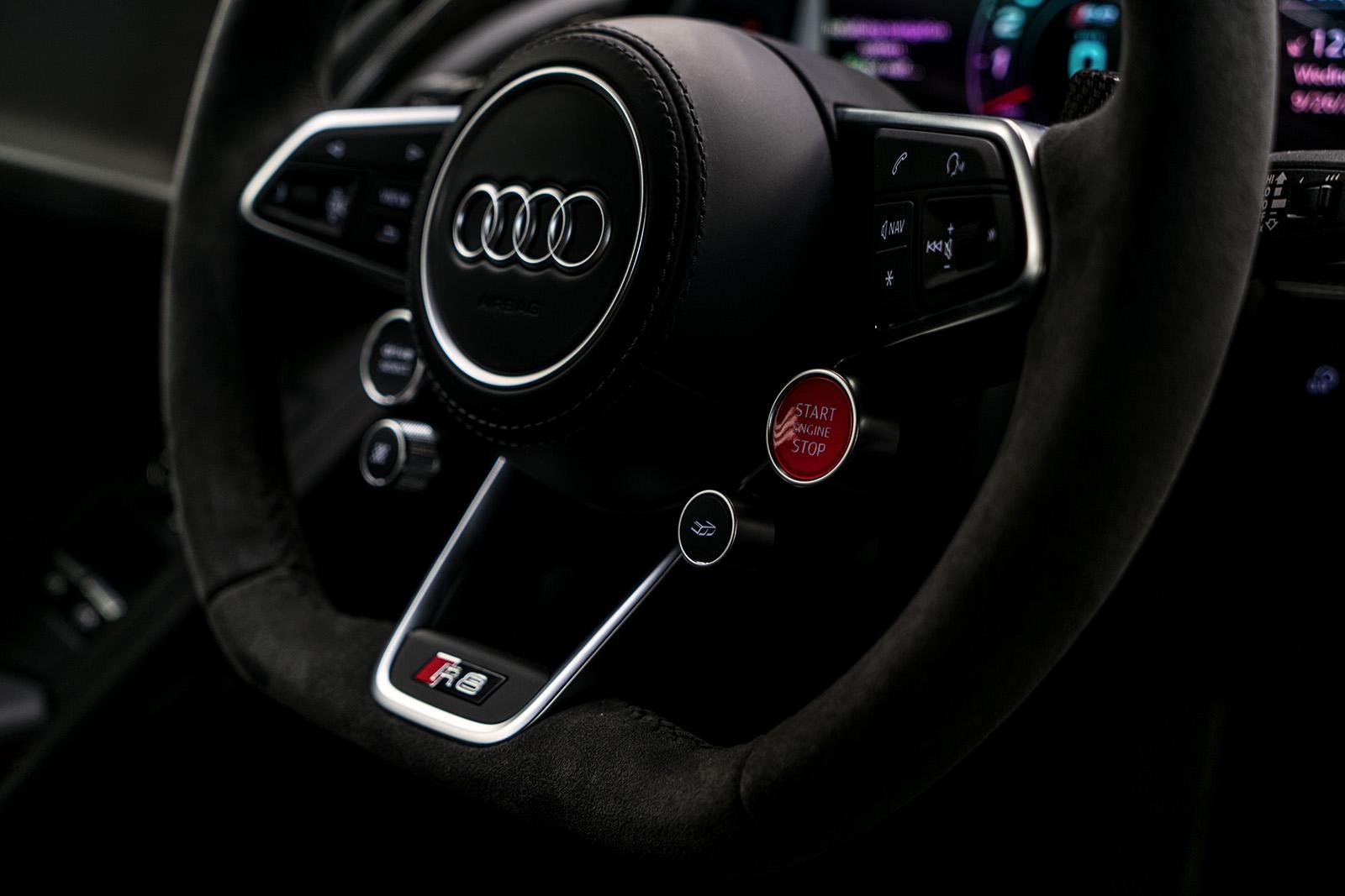 Audi R8 DTM: Audi Sport Driver...