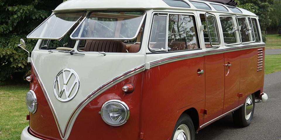 australian 23 window bus fetches record price at auction vwvortex