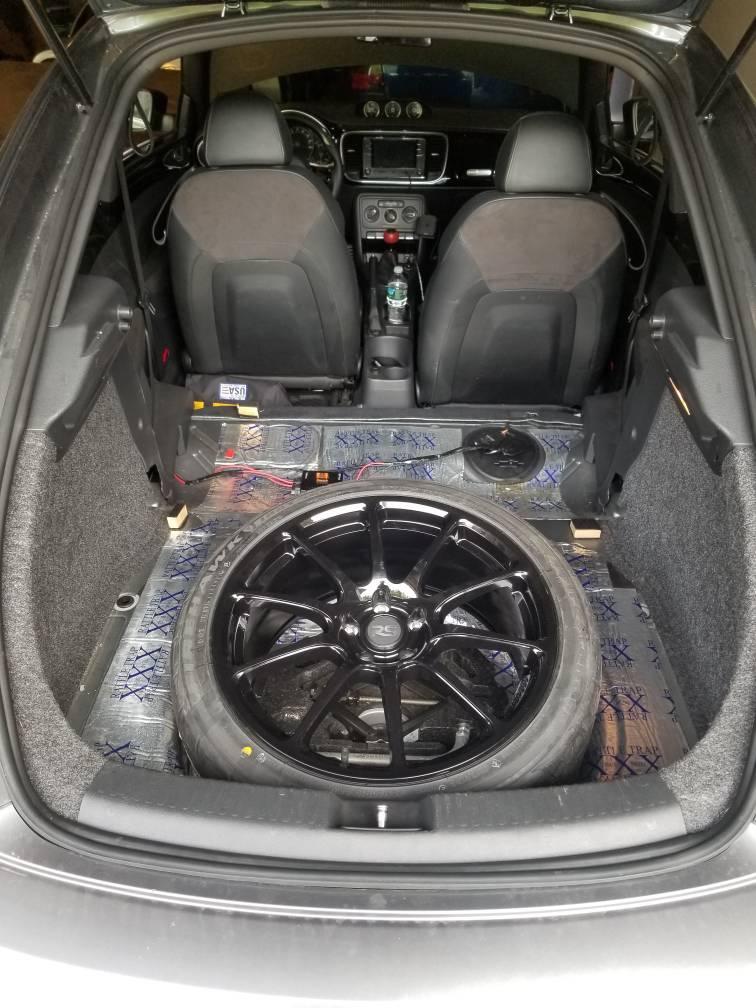 Large Audi e tron GT concept 5131 600x300 photo