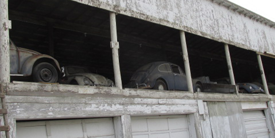 Barn Find 25 Cars And Countless VW Parts Auctioned In Iowa