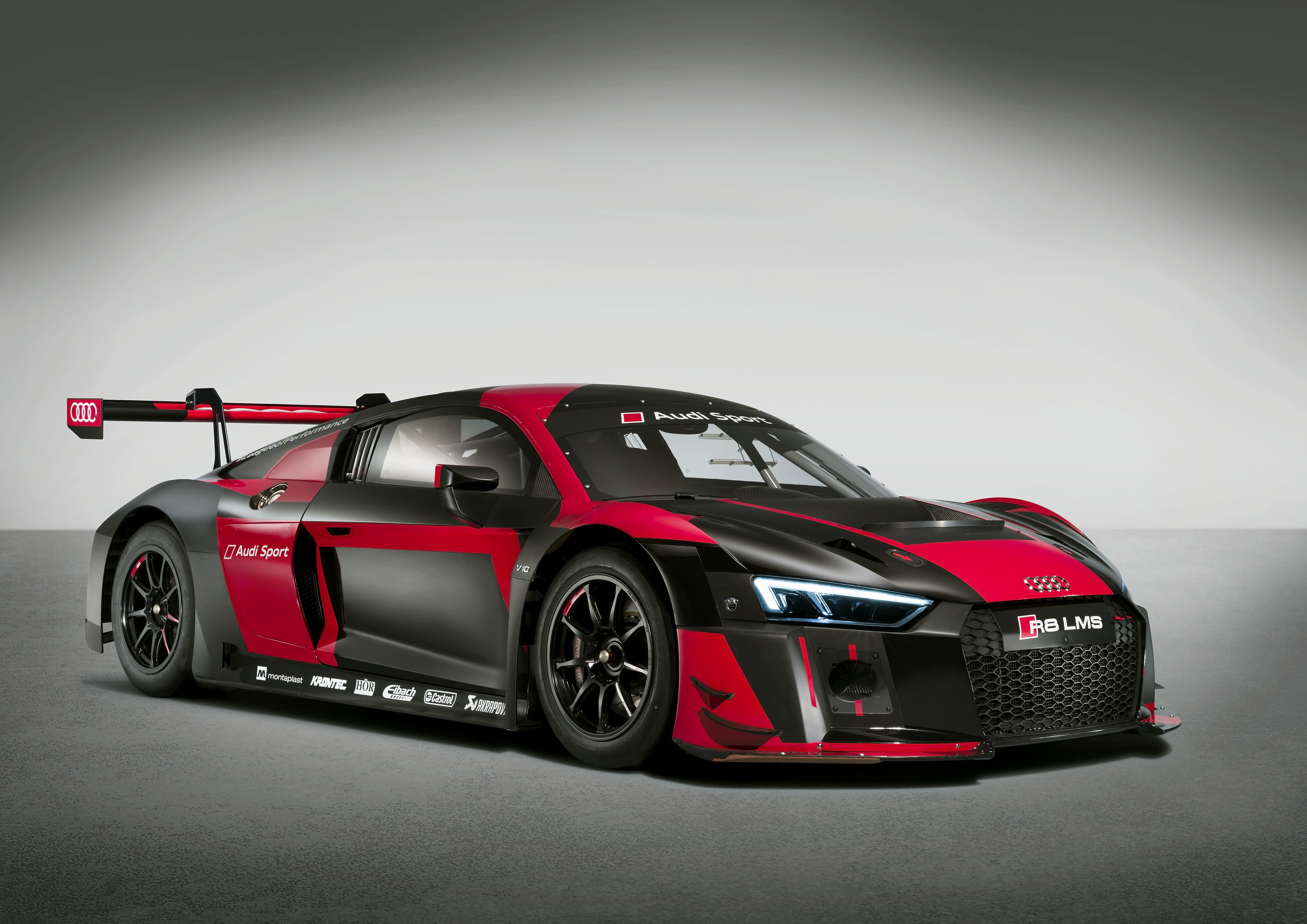 Take A Look At The New Audi R8 Lms Gt3 Evo And Non Evo Side By Side