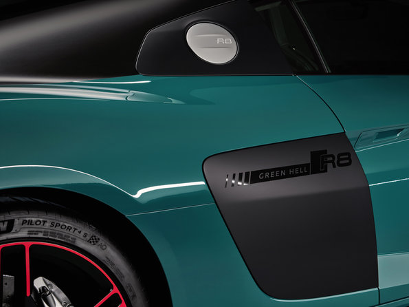 Small 2020 Audi e tron Sportback European model shown 7206 600x300 photo