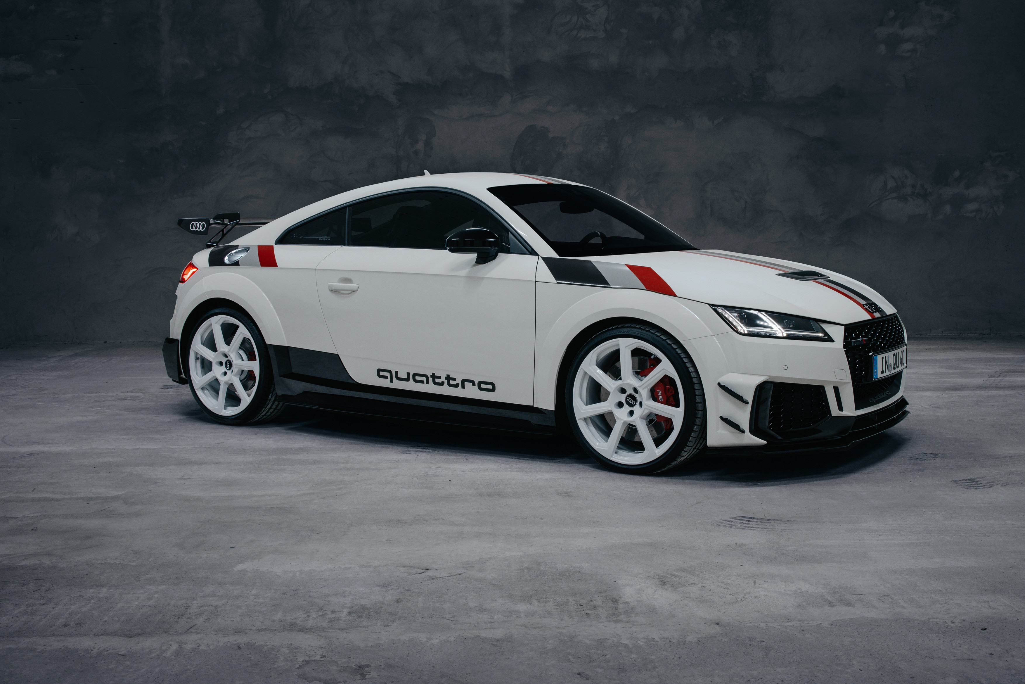 In Detail Audi RS Cabriolet Fourtitudecom - Audi 5 car