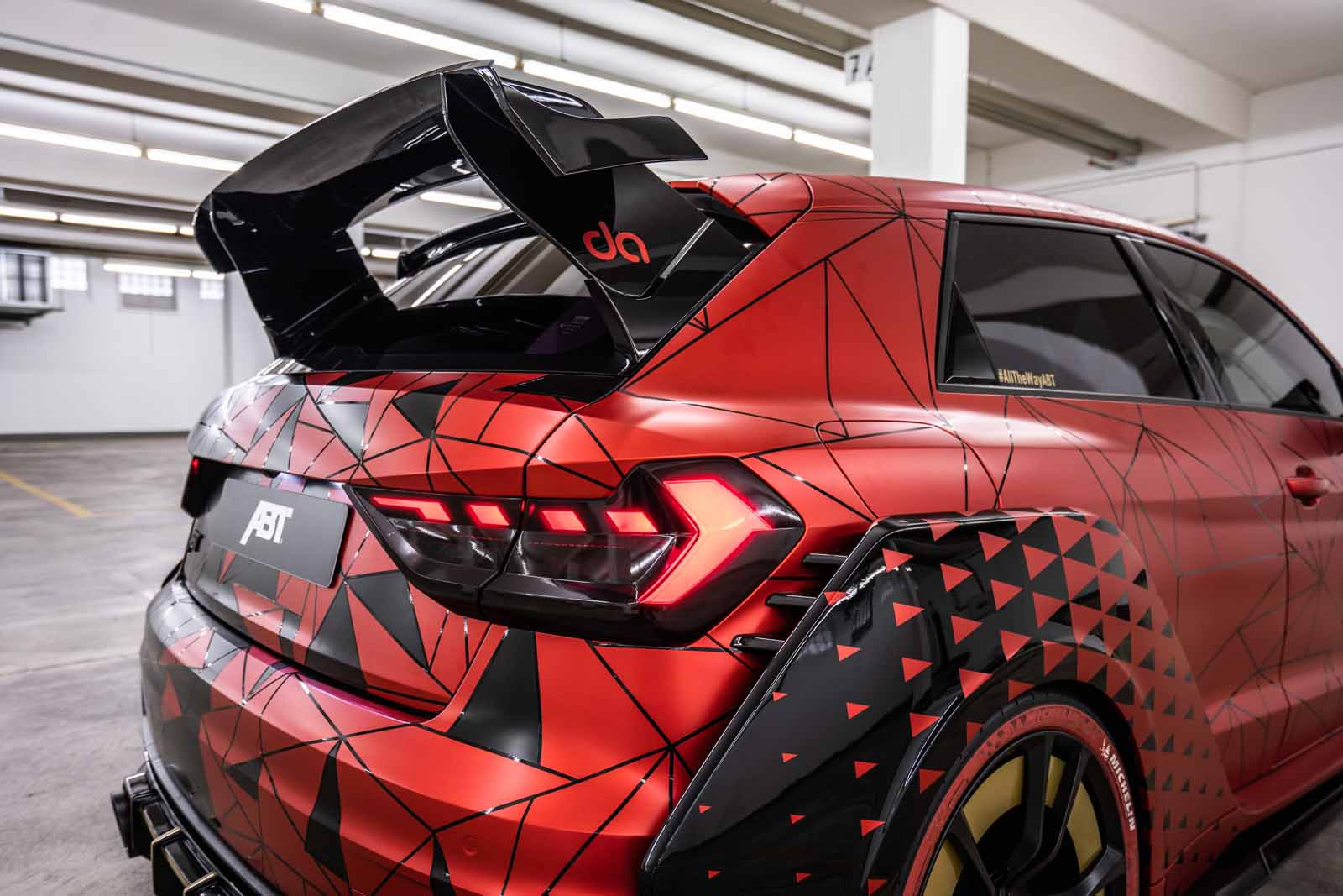 ABT_A1_1of1_carbon_wing_2