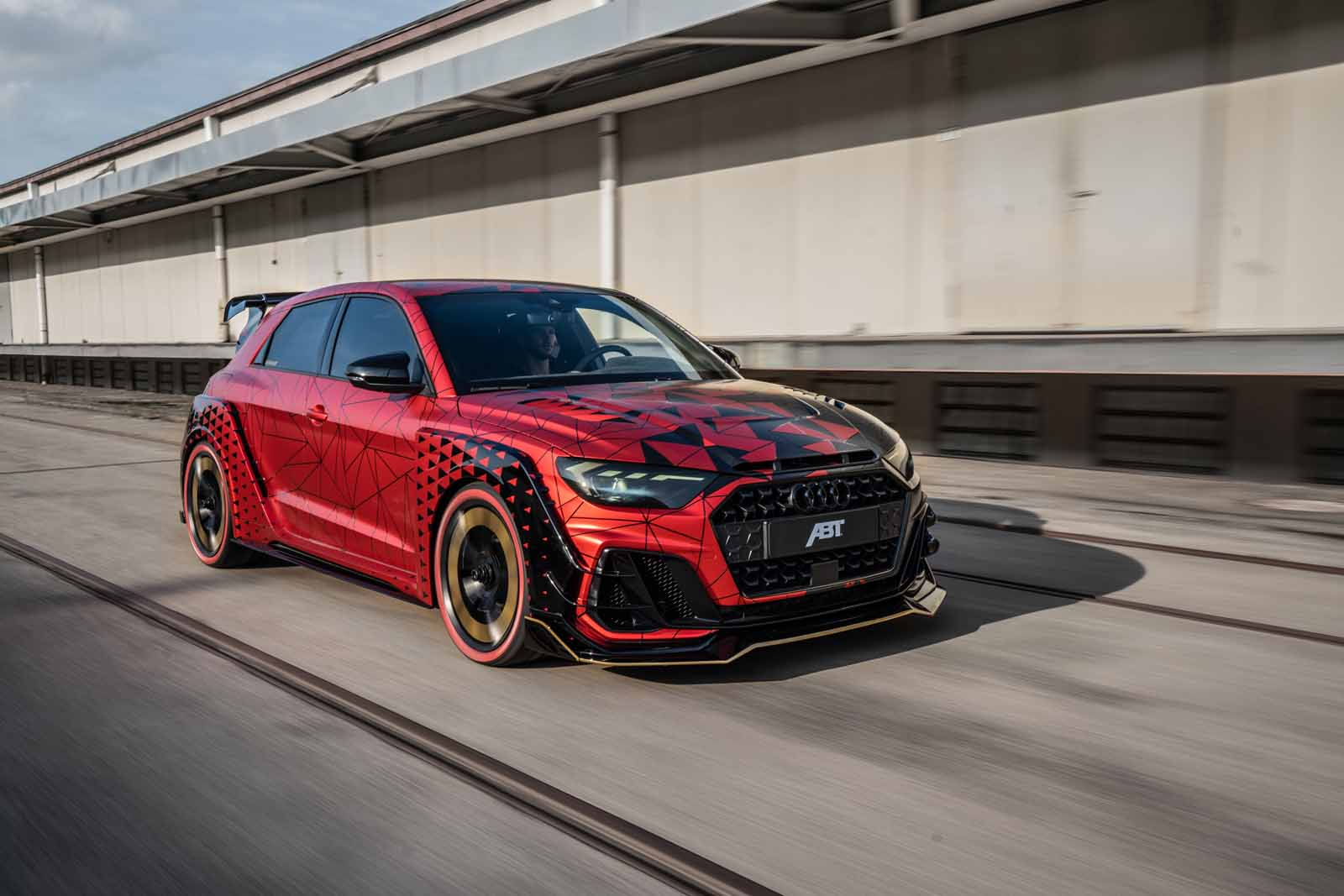 ABT_A1_1of1_front_red_dynamic