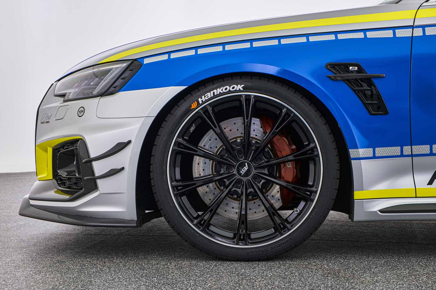 ABT_RS4-R_police_Tune_it_Safe_16