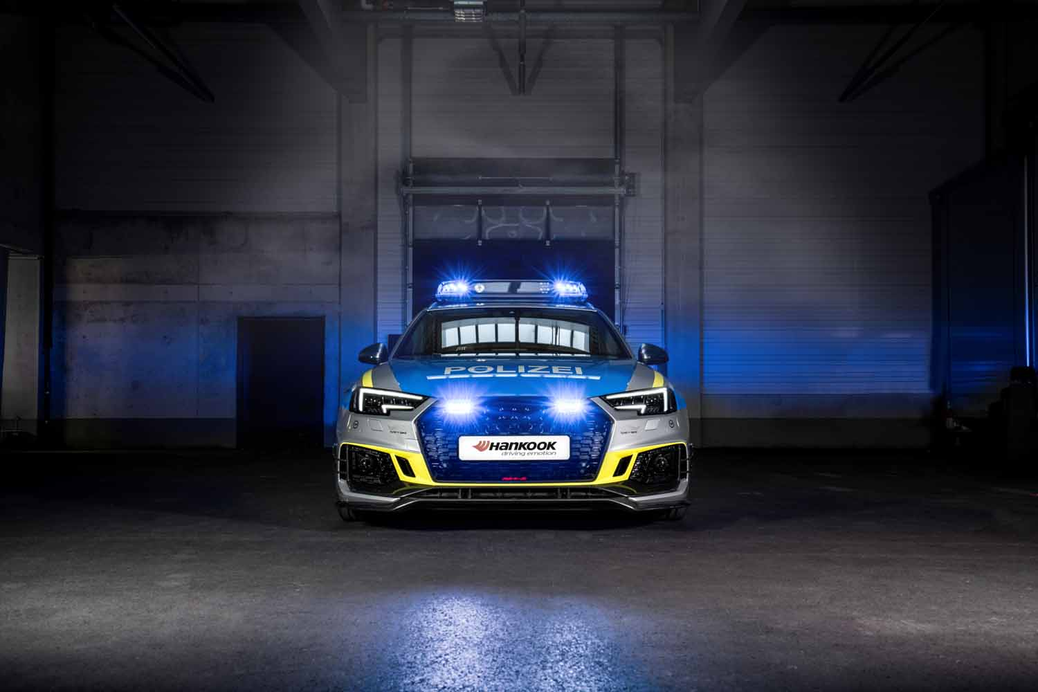 ABT_RS4-R_police_Tune_it_Safe_6