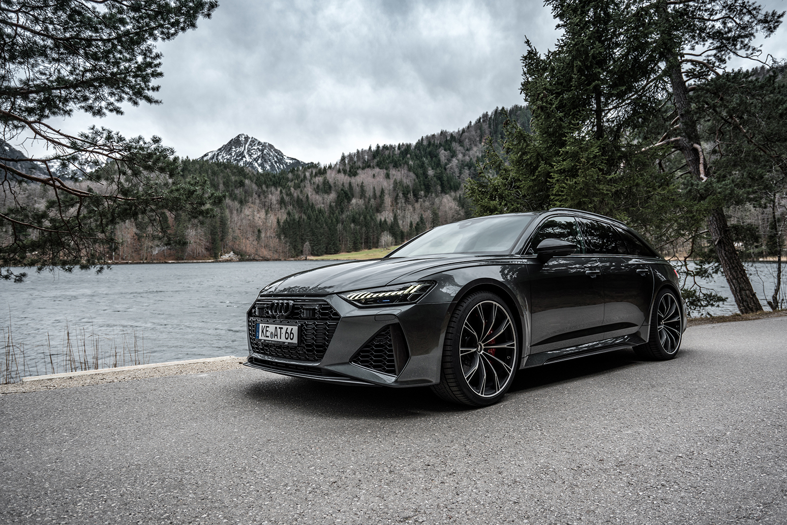 ABT_RS6_landscape_front_diagonally_2
