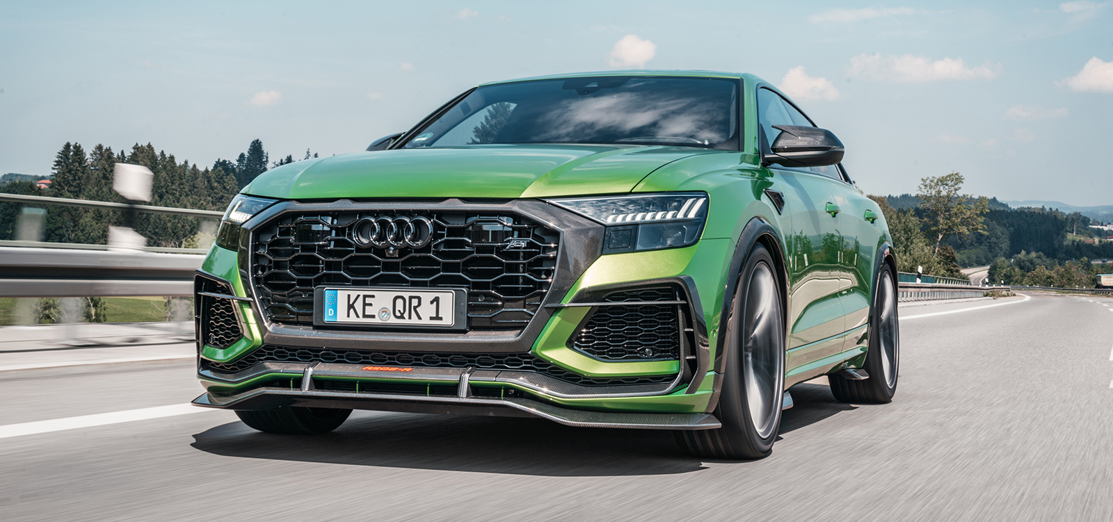 ABT_RSQ8-R_green_HR23_dynamic_front