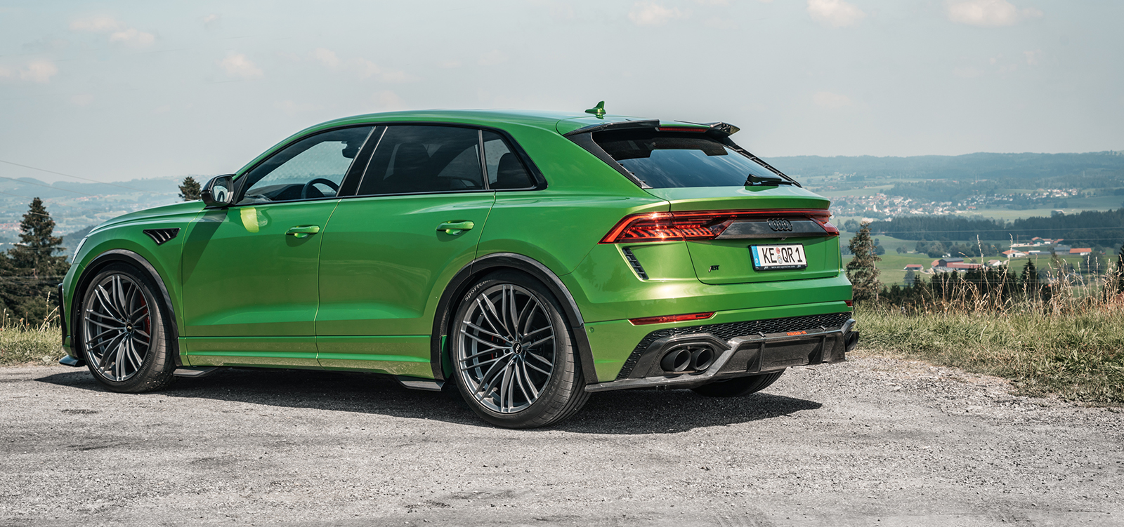 ABT_RSQ8-R_green_HR23_landscape_rear_diagonally
