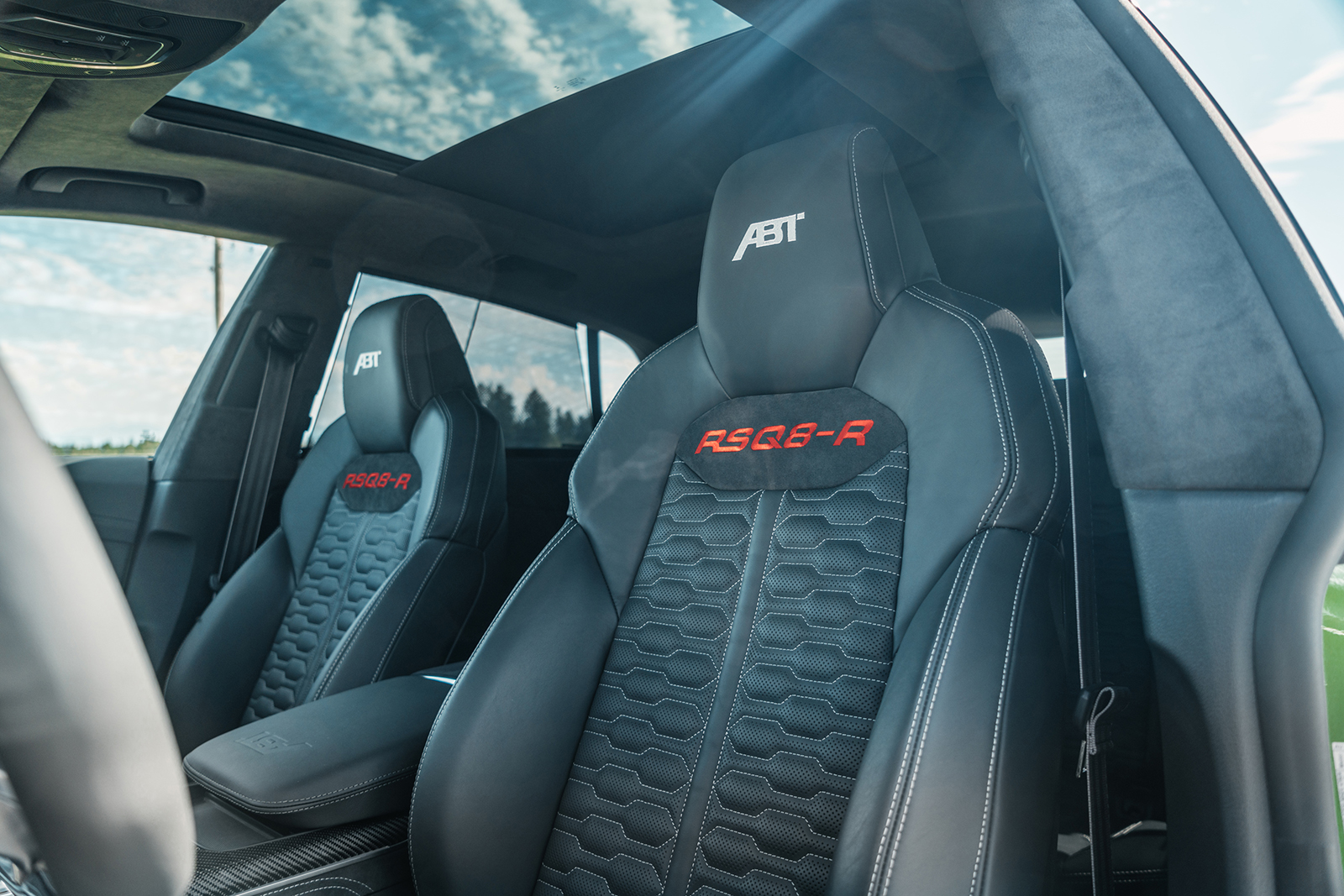 ABT_RSQ8-R_green_seats