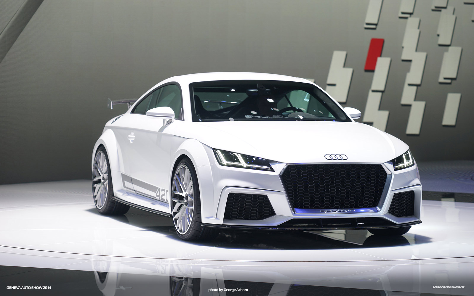Audi R8 mk3 hans valdeig render 600x300 photo