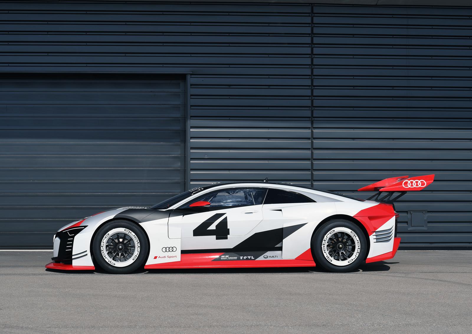 Motorsports / DTM 02 Spielberg
