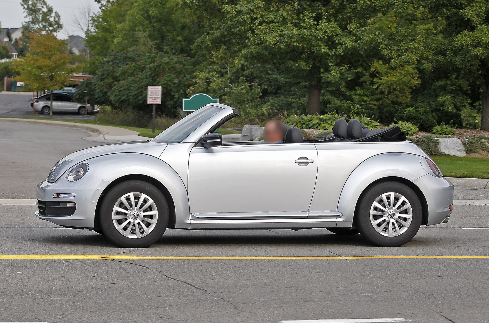beetle-cabrio-open-2