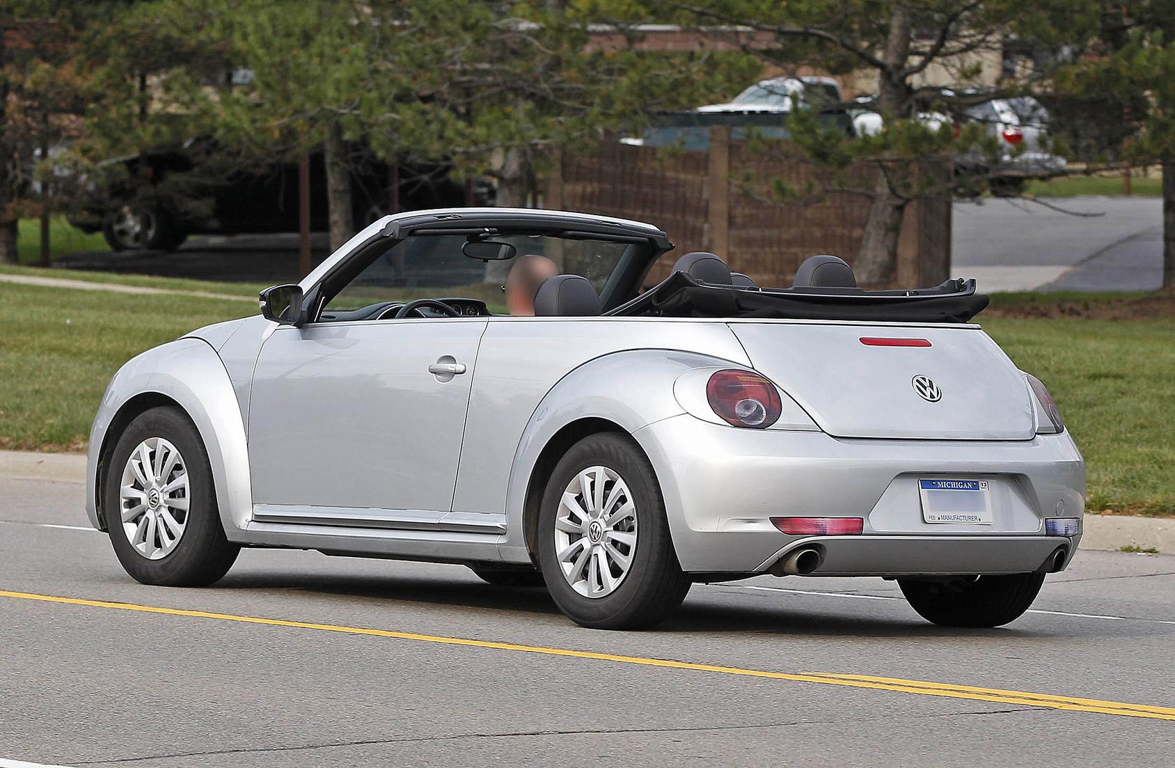 beetle-cabrio-open-7