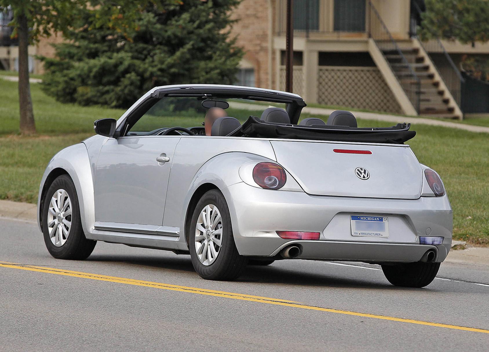 beetle-cabrio-open-8