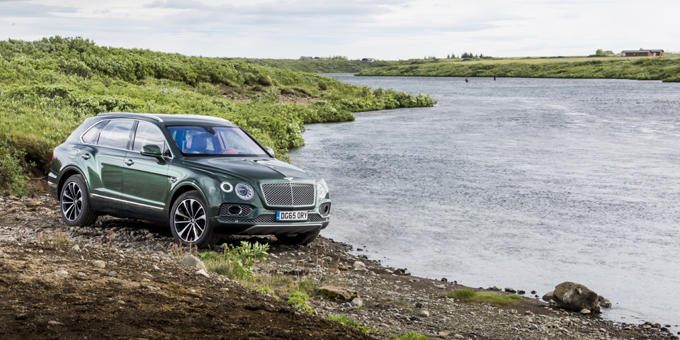 Bentley Bentayga, Iceland, July 2016Photo James Lipman / jameslipman.com