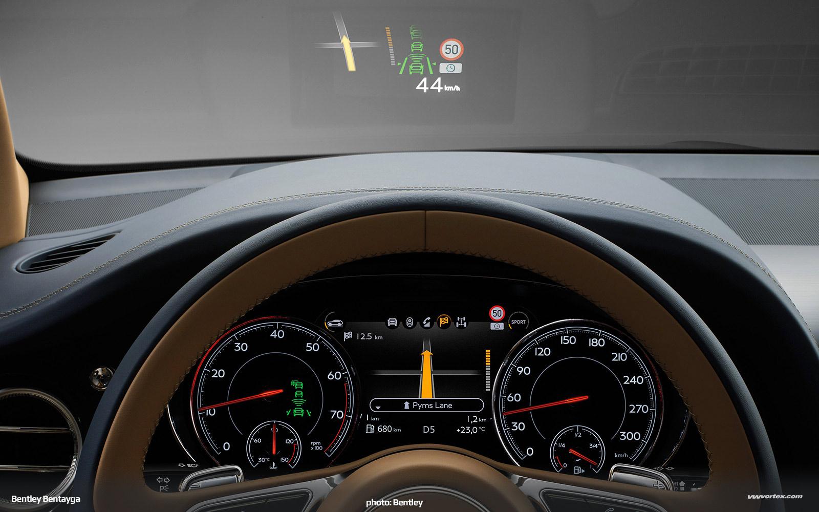 Bentley-Bentayga-SUV-crossover-2016-458