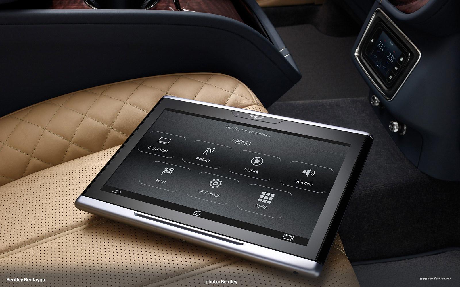 Bentley-Bentayga-SUV-crossover-2016-460