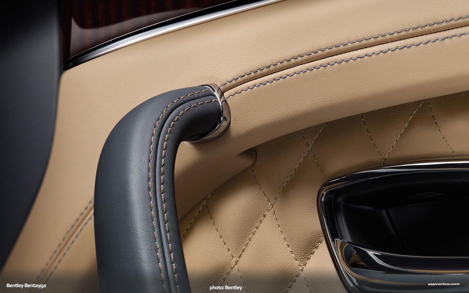 Bentley-Bentayga-SUV-crossover-2016-461