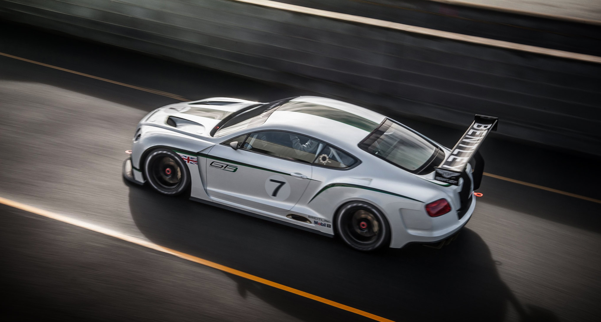 bentley continental gt3 4 600x321