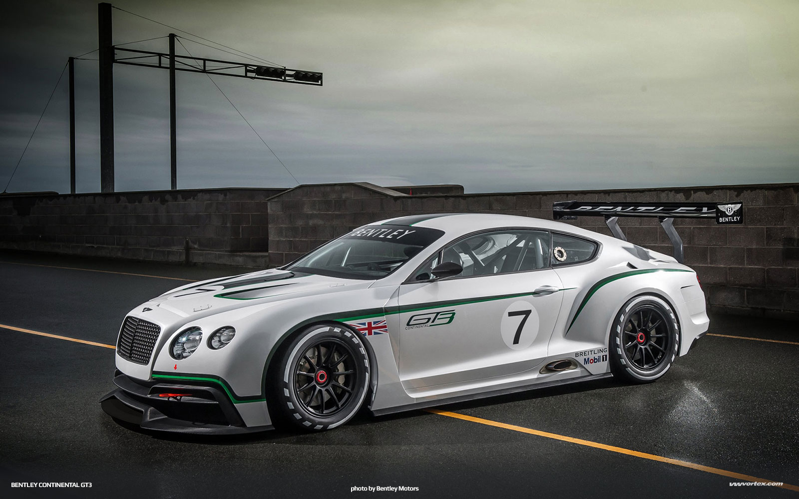 bentley-continental-gt3-5