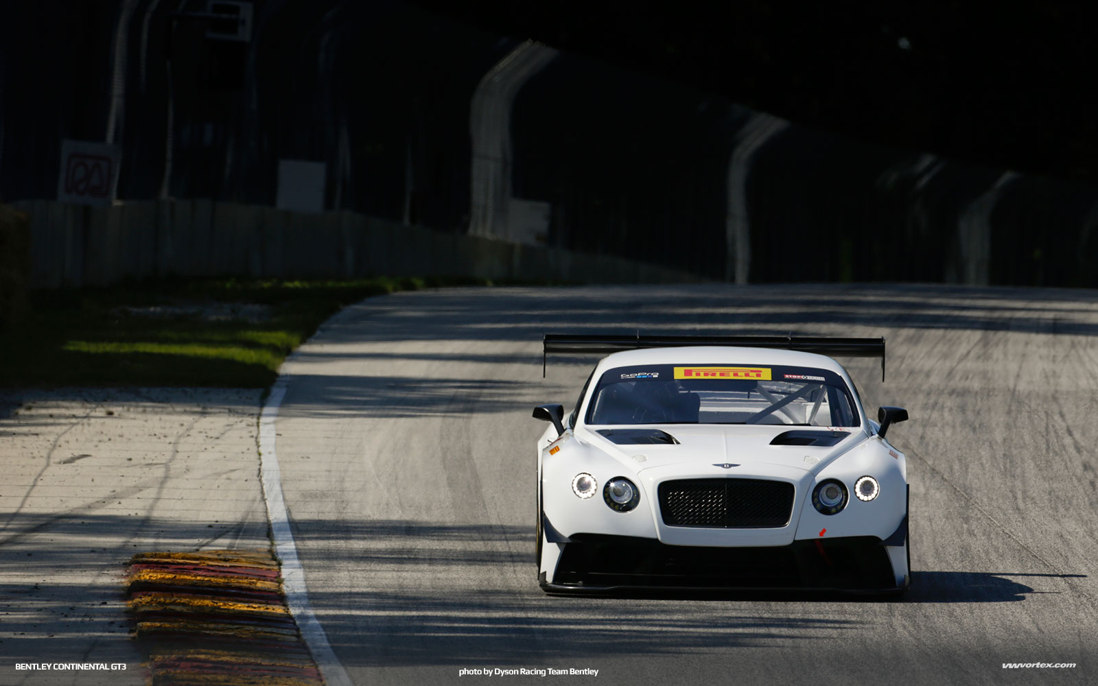 bentley-continental-gt3-6